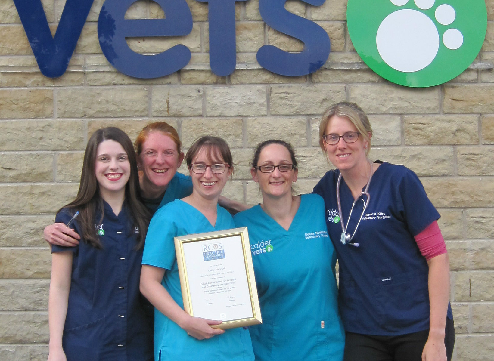 Calder Vets recognised as outstanding by RCVS